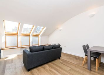 Thumbnail 4 bedroom flat to rent in Offley Road, London