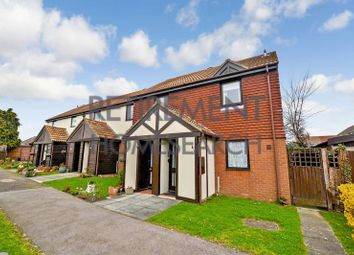 Thumbnail 2 bed flat for sale in Flack Gardens, Rochester