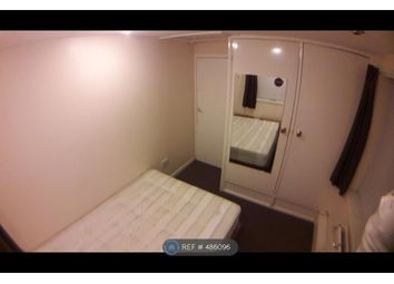 Thumbnail Room to rent in Russell Street, Bedfordshire
