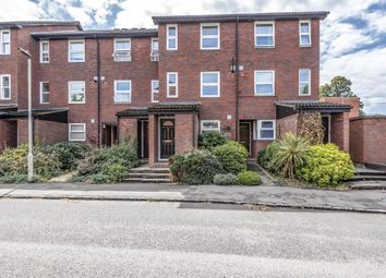 2 bed maisonette for sale in Fountain Gardens, Windsor SL4