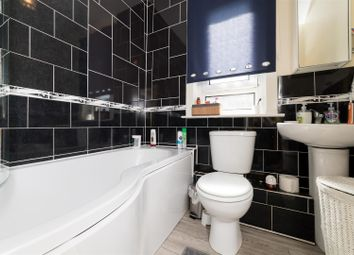 2 bed flat for sale in Princes Croft, Coupar Angus, Blairgowrie PH13