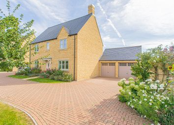 Thumbnail 5 bed detached house for sale in Andrews Close, Tetbury