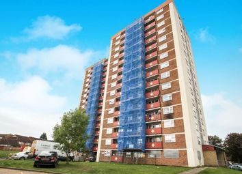 2 bed flat for sale in Green Court, Green Close, Luton, Bedfordshire LU4