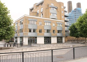 Thumbnail 2 bed flat to rent in Collington Street, London