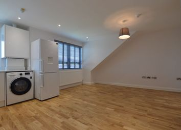 Thumbnail 1 bed flat to rent in Queens Road, Walthamstow