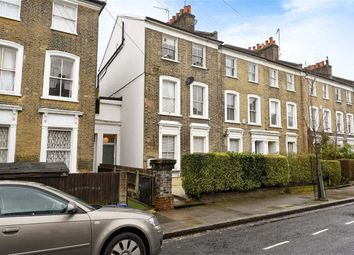 Thumbnail 2 bed flat for sale in Horton Road, London