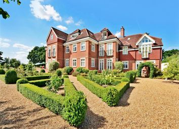 Thumbnail 2 bed flat for sale in Flanchford Road, Reigate, Surrey