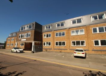 Thumbnail 3 bedroom flat to rent in Mead Lane, Hertford