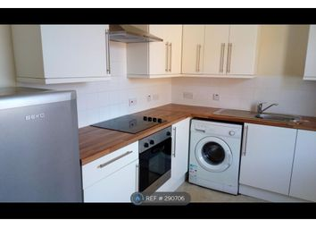 Thumbnail 1 bed flat to rent in Lorne Court, Greenock