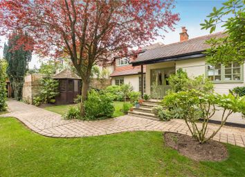 Thumbnail 4 bed property for sale in Cavendish Road, Weybridge, Surrey