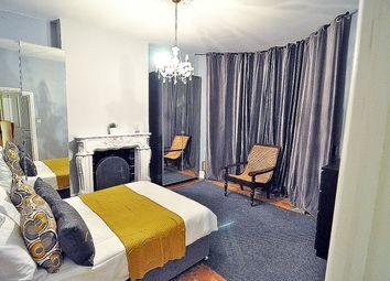 Thumbnail Room to rent in Loftus Road, Shepherds Bush, London
