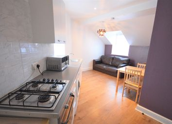 1 bed flat to rent in Blackstock Road, London N4