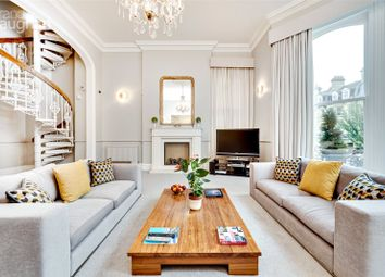3 bed flat for sale in First Avenue, Hove BN3