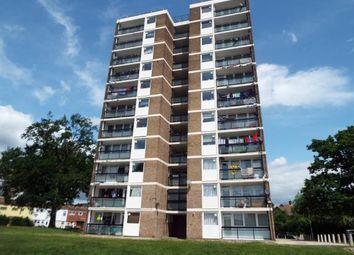 Yellowpine Way, Chigwell IG7. 2 bed flat for sale