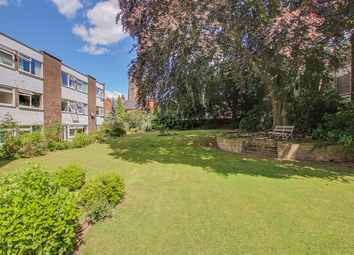 Thumbnail 2 bed flat for sale in Queens Court, Hertford