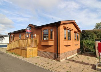 Thumbnail 2 bed mobile/park home for sale in Henderson Park, Southsea