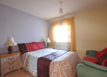 Thumbnail Room to rent in White Willow Close, Ashford