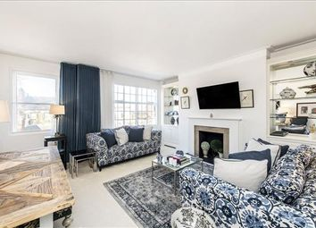 2 bed flat for sale in Kings Court North, Road, London SW3