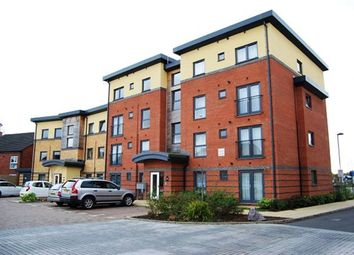 Thumbnail 2 bedroom flat to rent in Raven Close, Watford