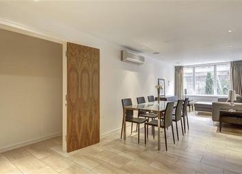 Thumbnail 2 bed flat to rent in Young Street, Kensington