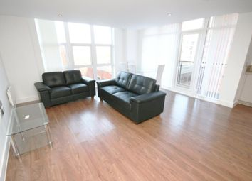 2 bed flat to rent in Rochdale Road, Manchester M4