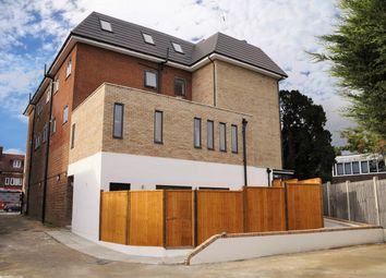 Thumbnail 2 bedroom flat to rent in High Street, Potters Bar
