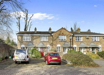 Thumbnail 2 bedroom property for sale in Parkside Close, Penge, London