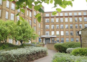 2 bed flat to rent in Durrant Court, Brook Street, Chelmsford CM1