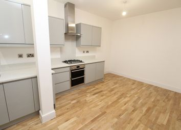 Thumbnail 3 bed flat to rent in High Street, Erith