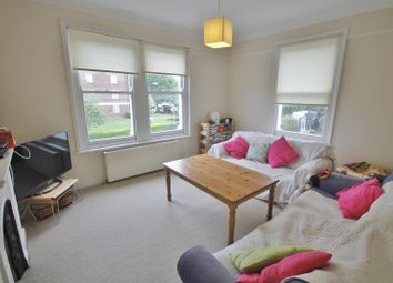 Thumbnail 3 bed flat to rent in Allfarthing Lane, Earlsfield, London