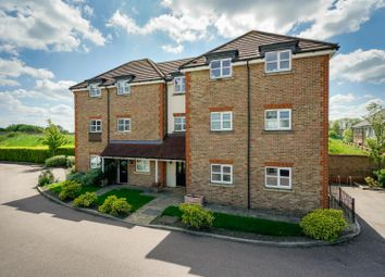 Thumbnail 1 bed flat for sale in Summerleas Close, Hemel Hempstead Industrial Estate, Hemel Hempstead