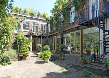 Thumbnail 6 bed terraced house to rent in Roman Way, Islington