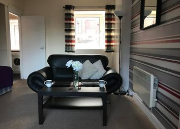 Thumbnail Studio to rent in Cumberland Court, Headingley, Leeds