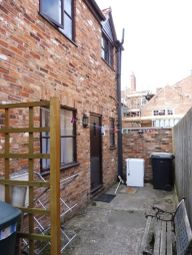 Thumbnail 1 bed detached house to rent in Mawers Yard, Kidgate, Louth