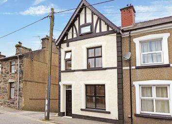 3 bed end terrace house for sale in High Street, Penygroes, Caernarfon LL54