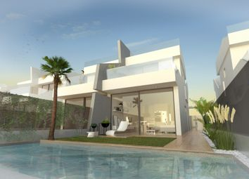 Thumbnail 3 bed villa for sale in Calle Sacerdote Ramón Moreno, 30710 Los Alcázares, Murcia, Spain