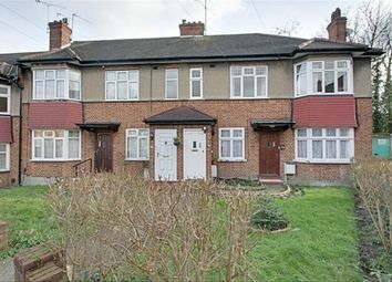 2 bed maisonette to rent in Orchid Road, Southgate N14