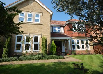 Thumbnail Detached house for sale in Poets Gate, St James Parish, Goffs Oak