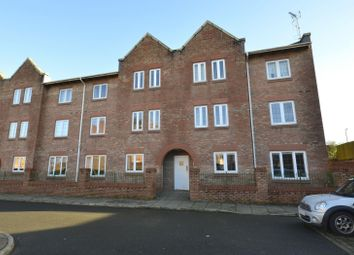 2 bed flat for sale in Great Oak Drive, Altrincham WA15