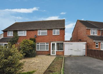 Thumbnail 3 bed property to rent in Hazel Crescent, Kidlington