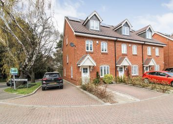 Elham Crescent, Dartford DA2. 4 bed town house for sale