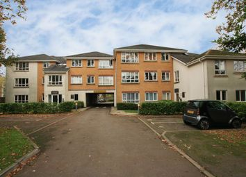 Thumbnail 1 bed flat to rent in North Road, Crawley