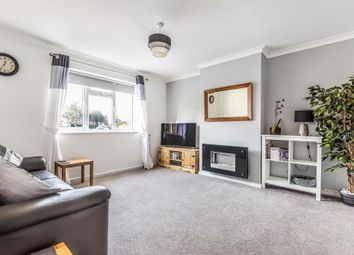 Thumbnail 3 bed terraced house to rent in Hawthorn Road, Newbury, Berkshire