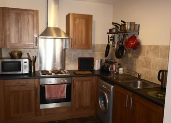 Thumbnail 1 bedroom flat for sale in Old Harbour Court, Hull
