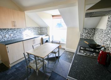 3 bed flat to rent in Radnor Place, Plymouth PL4