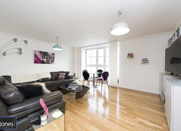 2 bed flat to rent in Jamestown Road, Camden, London NW1