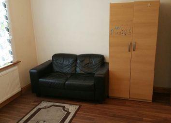 Thumbnail Studio to rent in Bensham Grove, Thornton Heath