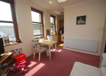 Thumbnail 1 bed flat to rent in Godstone Road, Caterham