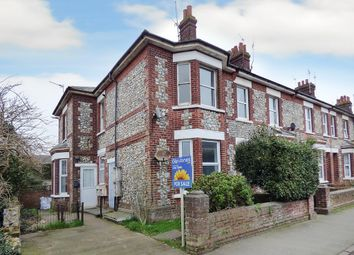 Thumbnail 1 bed flat to rent in Connaught Road, Littlehampton