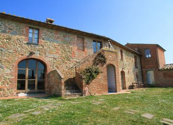 Thumbnail 1 bed farmhouse for sale in Via Della Guerra, Sinalunga, Siena, Tuscany, Italy